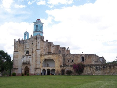 Paseo por Mexico Ex convento de Huaquechula