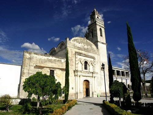 Paseo por Mexico Ex convento de los Reyes Magos en Huatlatlauca