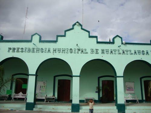 Paseo por Mexico Palacio Municipal Huatlatlauca