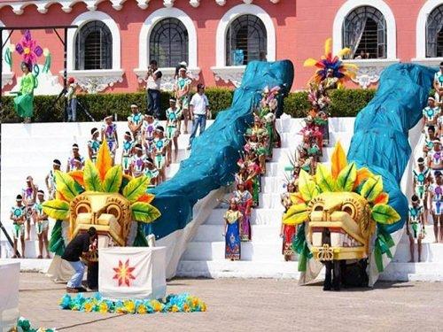 Paseo por Mexico Feria de las Flores en Huauchinango