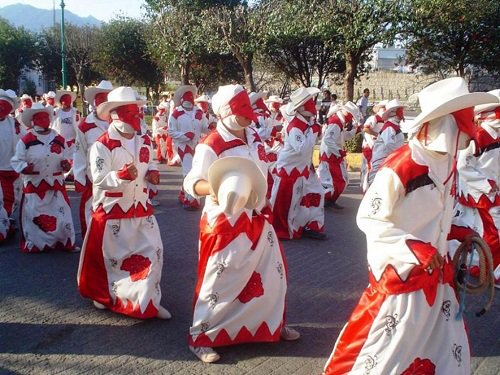 Paseo por Mexico Carnaval de Huauchinango