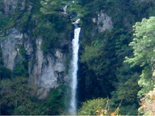 Paseo por Mexico Cascada salto Chico en Huauchinango