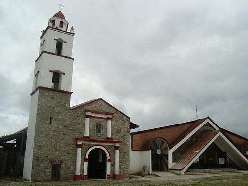Paseo por Mexico Parroquia de San Miguel Antigua en Huauchinango