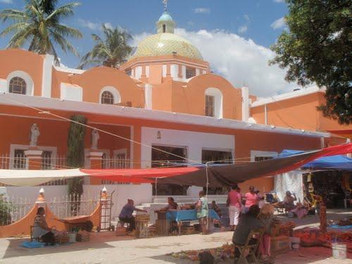 Paseo por Mexico Templo del Santo Niño La Candelaria en Huehuetlán el Grande