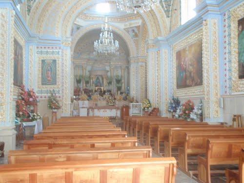 Paseo por Mexico Interior de Templo del Santo Niño La Candelaria en Huehuetlán el Grande
