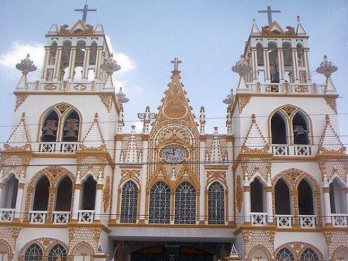 Paseo por Mexico Iglesia de Nuestra Señora del Carmen en Huejotzingo