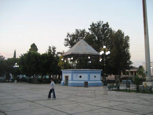 Paseo por Mexico Kiosco de Huitziltepec