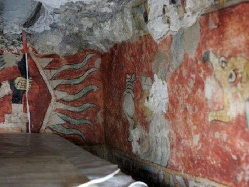 Paseo por Mexico Tumba Prehispánica en Ixcaquixtla