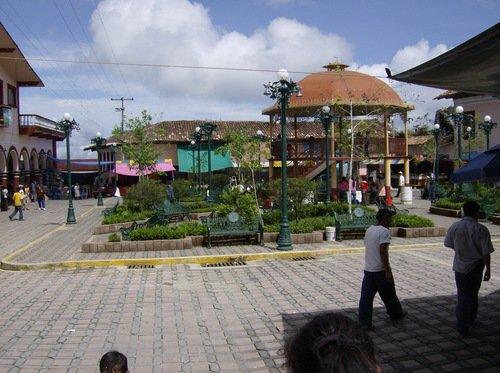 Paseo por Mexico Zócalo de Jonotla