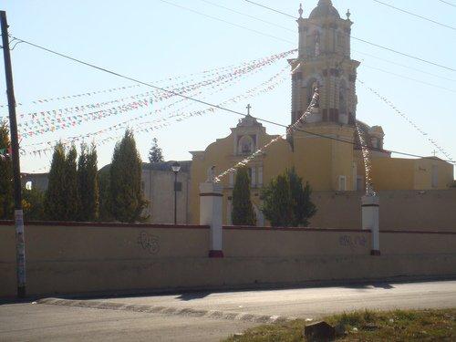 Paseo por Mexico Iglesia parroquial a San Mateo en Juan C. Bonilla