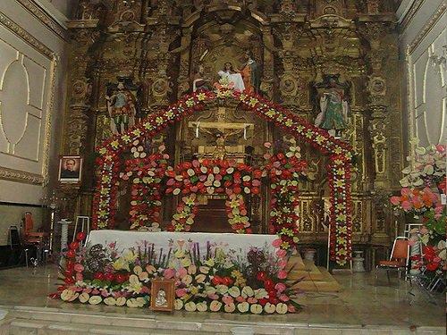 Paseo por Mexico Interior de la Iglesia Parroquial de Los Reyes de Juárez