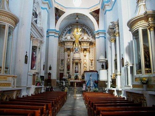 Paseo por Mexico Interior de Templo parroquial de Santa María de la Asunción en Molcaxac