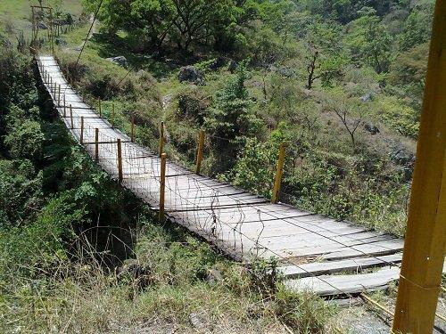 Paseo por Mexico Puente Colgante en Pahuatlán