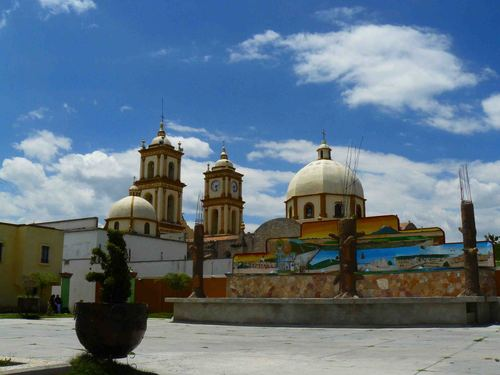 Paseo por Mexico Iglesia de Cuacnopalan en Palmar de Bravo