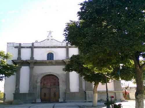 Paseo por Mexico Nuevo Templo de Santana Tepejillo en Petlalcingo