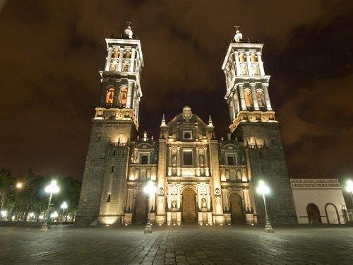 Paseo por Mexico Catedral de Puebla