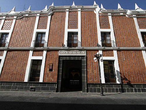 Paseo por Mexico Casa de la Cultura de Puebla