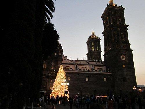 Paseo por Mexico Un poco más de la Catedral de Puebla