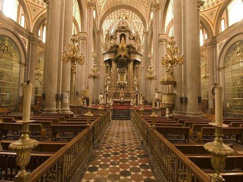 Paseo por Mexico Interior de Catedral de Puebla
