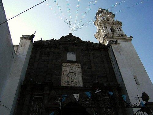 Paseo por Mexico Iglesia de la Soledad en Puebla