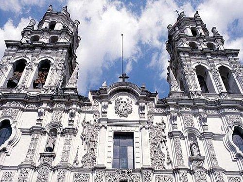 Paseo por Mexico Templo de la Compañía de Jesús en Puebla