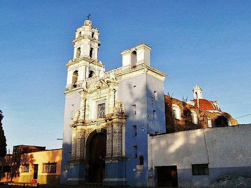 Paseo por Mexico Templo de Nuestra Señora de los Remedios en Puebla