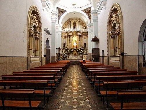 Paseo por Mexico Interior de Templo de Nuestra Señora de los Remedios en Puebla