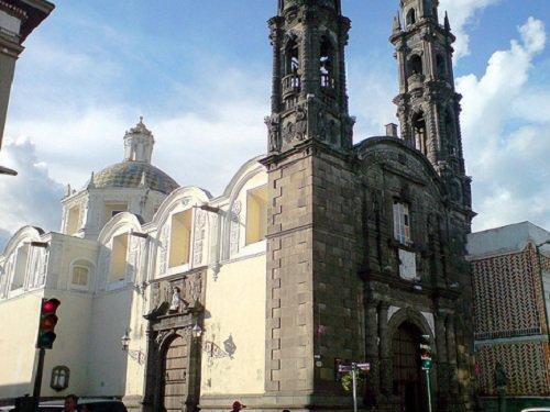 Paseo por Mexico Templo de San Cristóbal en Puebla