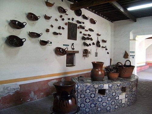 Paseo por Mexico Detalle de Ex Convento Santa Monica en Puebla