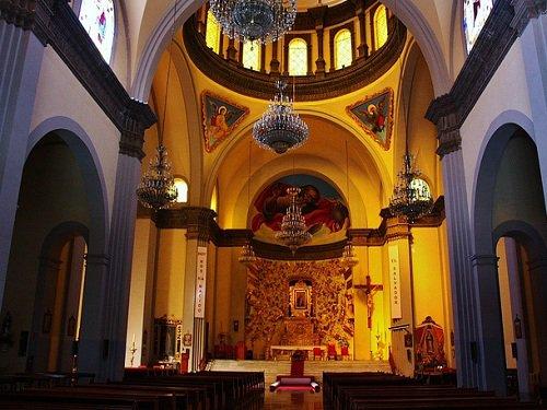 Paseo por Mexico Interior de Parroquia Nuestra Señora del Sagrado Corazón en Puebla