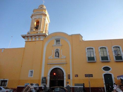 Paseo por Mexico Templo de San Roque en Puebla
