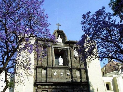 Paseo por Mexico Iglesia de la Concordia en Puebla