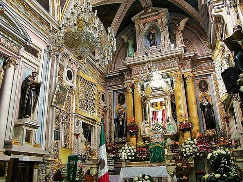 Paseo por Mexico Interior de Convento de Santa Mónica en Puebla