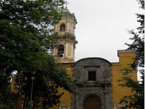 Paseo por Mexico Iglesia de San Juan del Rio en Puebla