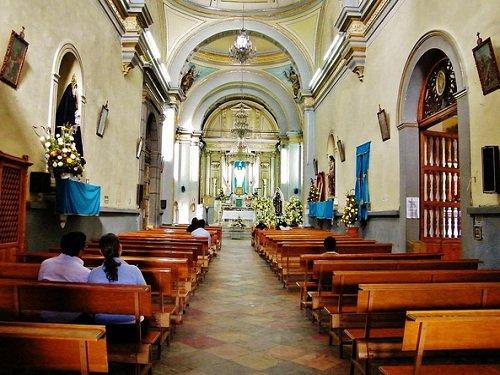 Paseo por Mexico Interior de Parroquia Santo Angel Custodio en Puebla
