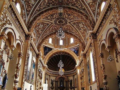 Paseo por Mexico Interior de Parroquia Nuestra Señora del Rayo en Puebla