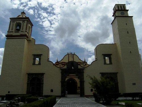Paseo por Mexico Ex convento de Santa María Magdalena een Quecholac