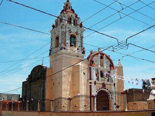 Paseo por Mexico Iglesia de San Pedro Colomoxco en San Andrés Cholula