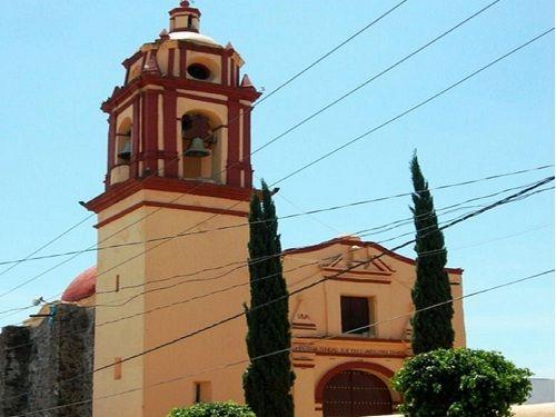Paseo por Mexico Templo de la Santísima Trinidad en San Andrés Cholula