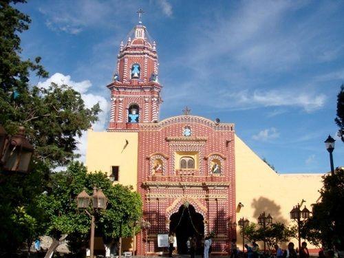 Paseo por Mexico Iglesia de Santa María Tonantzintla en San Andrés Cholula