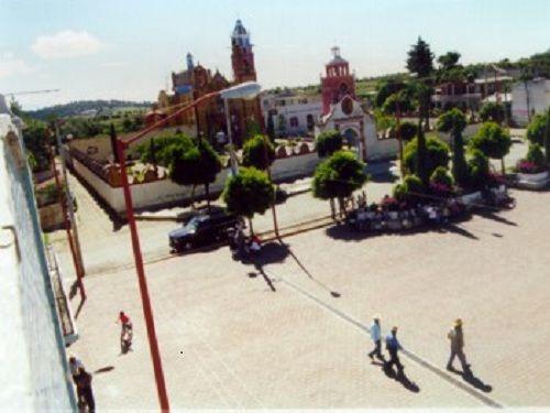 Paseo por Mexico Zócalo de San Felipe Teotlalcingo
