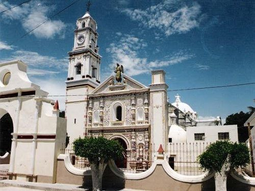 Paseo por Mexico Parroquia de San Gabriel Arcángel en San Gabriel Chilac