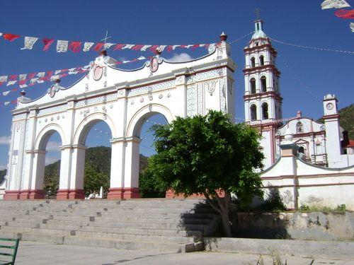 Paseo por Mexico Iglesia parroquial dedicada a San Jerónimo Xayacatlán
