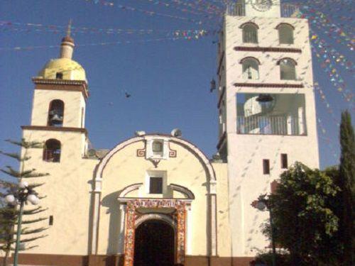 Paseo por Mexico Iglesia de San Juan Bautista en San Juan Atzompa