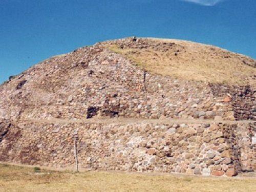 Paseo por Mexico Zona arqueológica de San Cristóbal de Tepatlaxco en San Martín Texmelucan