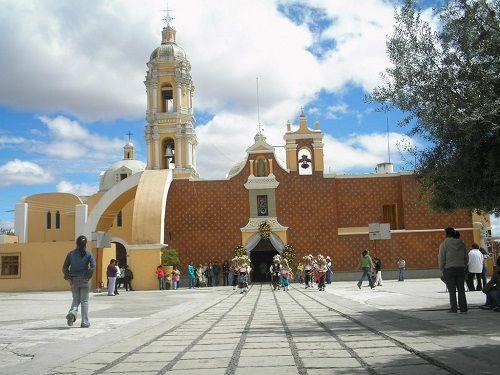 Paseo por Mexico Parroquia de San Matías Apóstol en San Matias Tlalancaleca