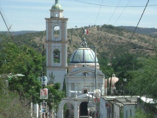 Paseo por Mexico Templo de San Pedro y San Pablo en San Pablo Anicano
