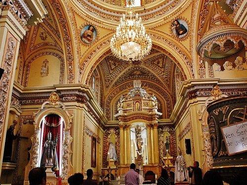 Paseo por Mexico Interior de Templo de San Pedro Mexicalzingo en San Pedro Cholula