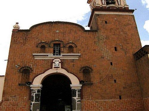 Paseo por Mexico Iglesia de San Miguelito en San Pedro Cholula
