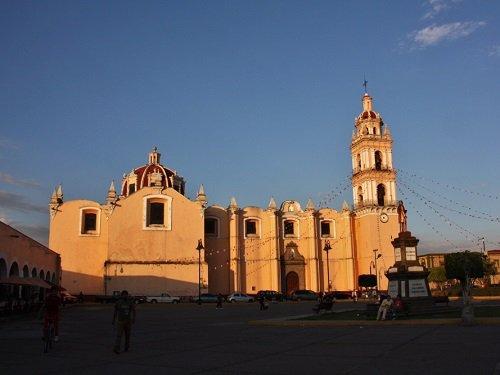 Paseo por Mexico Parroquia de San Pedro Cholula